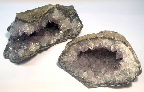 Bilde av Ametyst Geode 700-900 gram