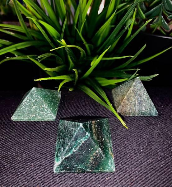 Bilde av Buddstone Pyramide