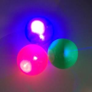 Bilde av Liten blinkende sprettball