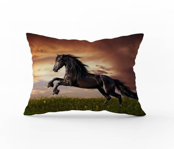 Bilde av Putetrekk Brown Stallion 70x100