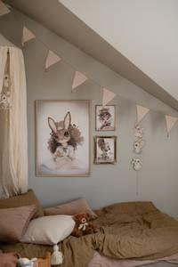 Bilde av Mrs. Mighetto Miss Rose | 50x70 cm.