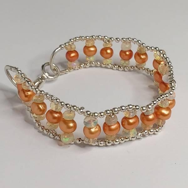 Armbånd Orange, med opaler og perler