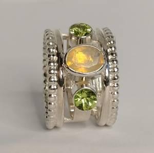 Bilde av Martens sølvring Opal peridot