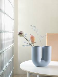 Bilde av Muuto Kink Vase, Light Blue