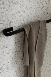 Bilde av Menu Towel Bar, Black, Svart