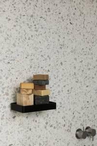 Bilde av Menu Shower Tray Wall Black
