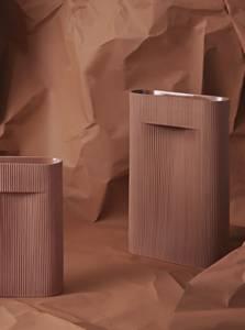 Bilde av Muuto Ridge Vase Terracotta,