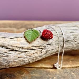 Bilde av Smykke Markjordbær