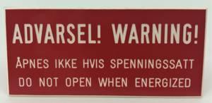 Bilde av Gravert Advarsel Warning 55x25mm