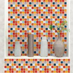 36 klistremerker med fargerik mosaikk.