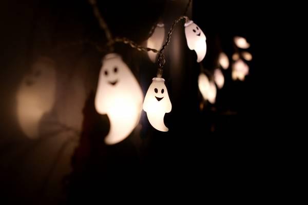 Bilde av Lyslenke spøkelser - 3 meter 20 pærer. Halloween