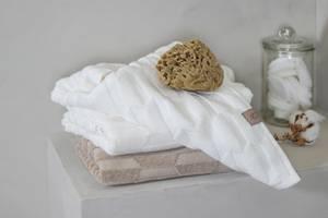 Bilde av Mette Ditmer Geo dusjhåndkle offwhite