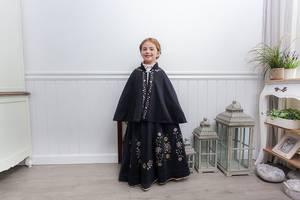 Bilde av Festdrakt Adele - Barnebunad