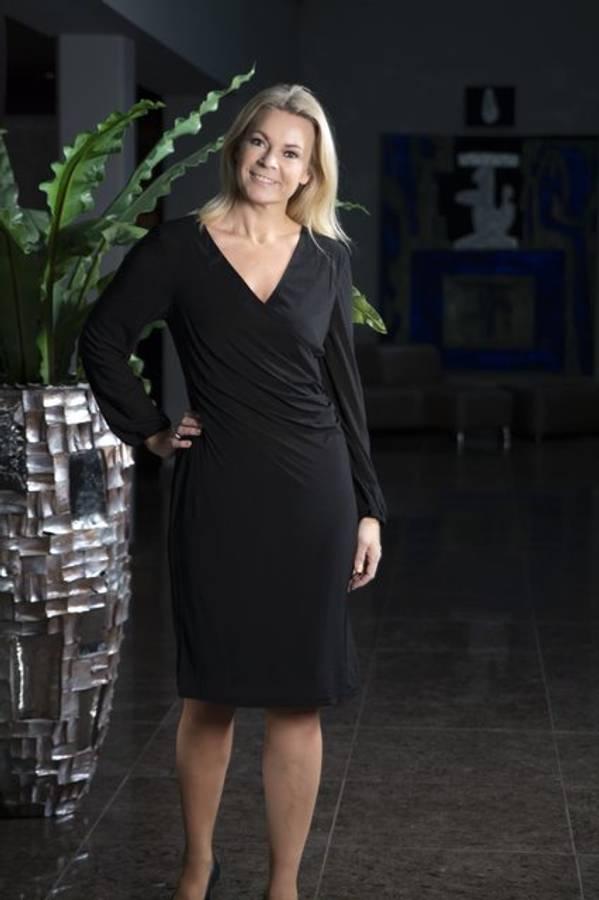 Heartmaker Figurnær kjole, Alina Sort