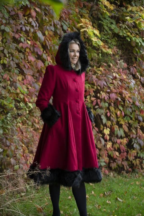 Hell Bunny Utsvingt prinsessekåpe, Elvira Rød