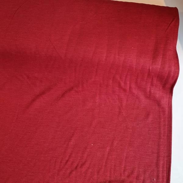 Bilde av Økologisk ull/silke, dyp rød
