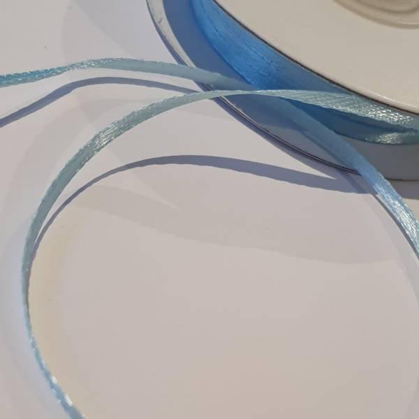 Bilde av Satengbånd 3mm bredt, 10m lys blå
