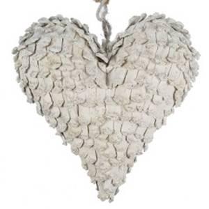 Bilde av Hjerte av kongler hvit