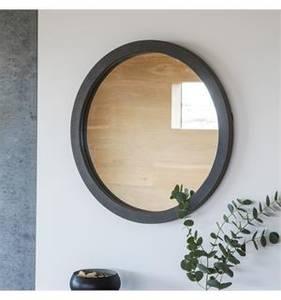 Bilde av Speil rund m/sort ramme 61x61