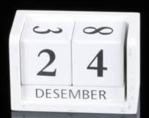 Bilde av Bordkalender hvit med sort