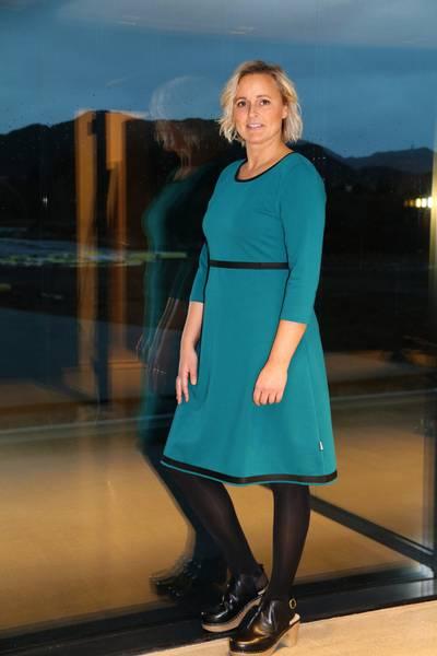 Bilde av Magda sjøgrønn kjole