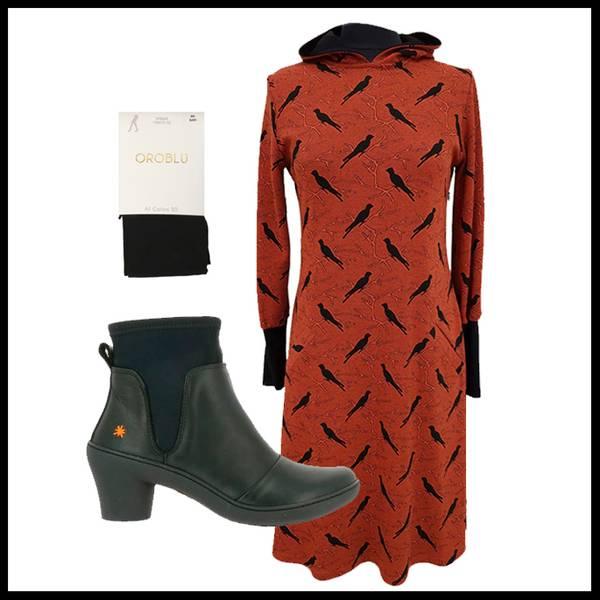 Bilde av Brynhild Oransje kjole