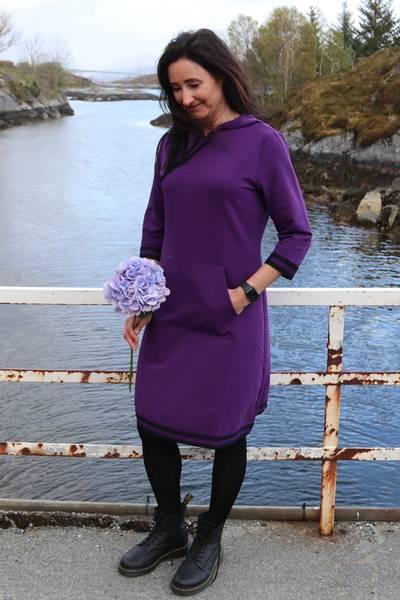 Bilde av Dagny sporty lilla kjole