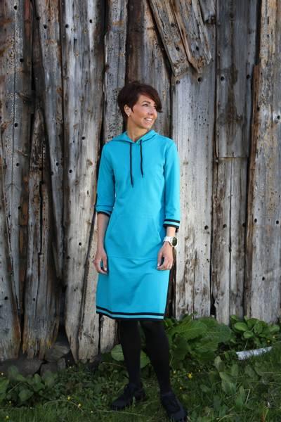 Bilde av Dagny Sporty turkis kjole