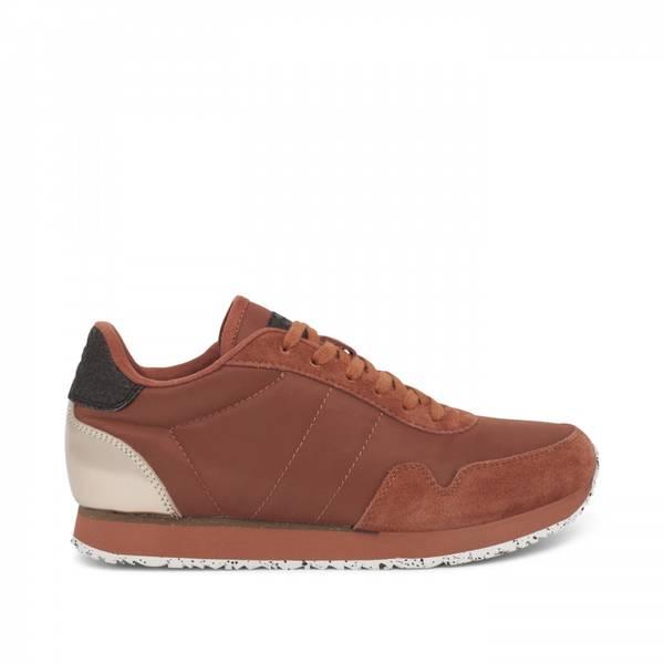 Image of NORA III  rust woden sneakers