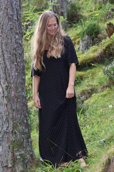 Image of Tille maxidress black