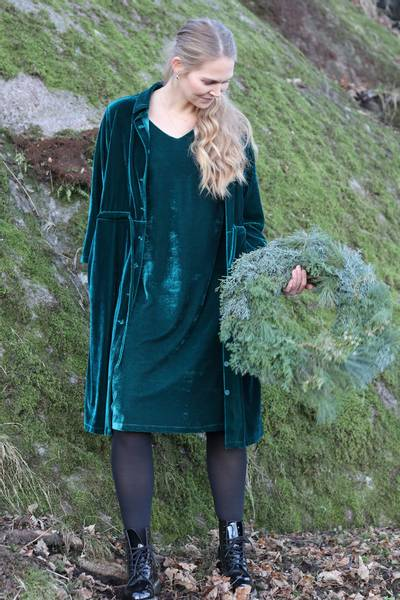 Image of Isa greenpetrol velvet dress