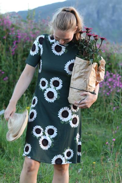 Image of Sunflower dress D31 green and