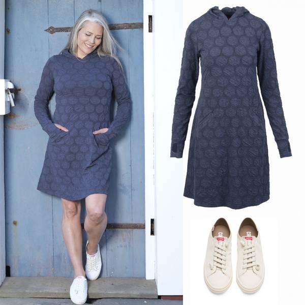 Image of Jannike blue dress + Camper