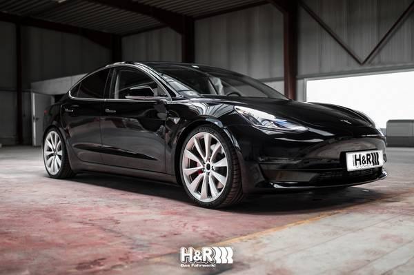 Bilde av HR28659-1 H&R Senkefjærer til Tesla Model 3 - 4WD