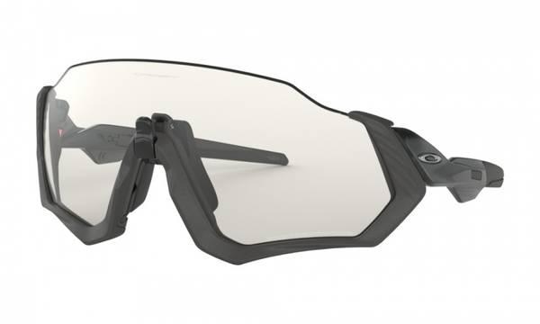 Oakley Flight Jacket clear black iridium photochromic activated
