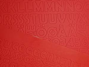 Bilde av Mosegummi - Alfabet & tall - Rød