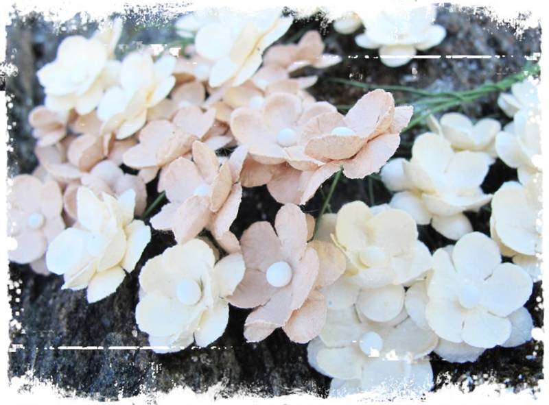 Papirdesign - Søte blomster beige