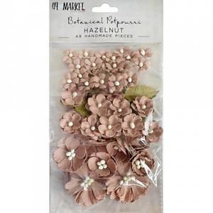 Bilde av 49 and Market - Botanical Potpourri Flowers - Hazelnut