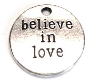 Bilde av Charms - Tekst - Rund - Believe in love - Sølv - 6stk