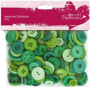 Bilde av Papermania - Assorted Buttons - Green - 250g