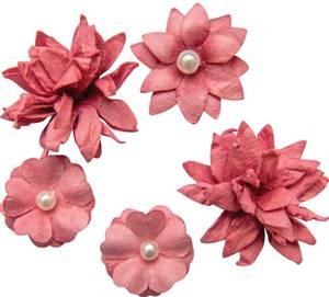 Bilde av 49 and Market - Flower Mini Series 01 - Scarlet