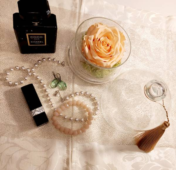 Bilde av Bevart rose i glasskrukke Orasje