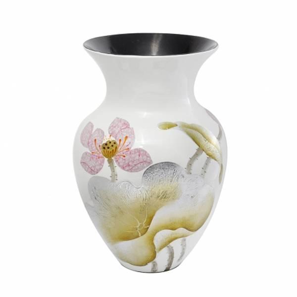 Bilde av Vase Keramisk Lotus White H38