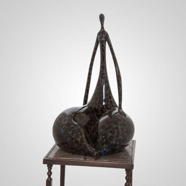 Skulptur dame brunn 41x41x71
