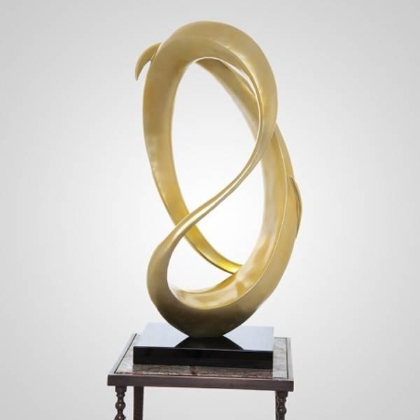Skulptur gull 43x30x84