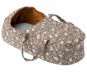 Bilde av Maileg carry cot / babybag ocher