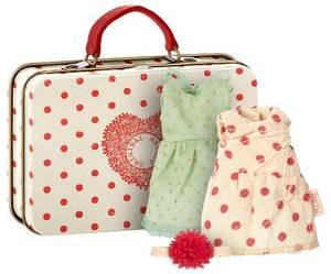 Bilde av Maileg koffert med to kjoler til mus