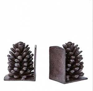 Bilde av Bokstøtter av brunsort metall, kongler, FREJ