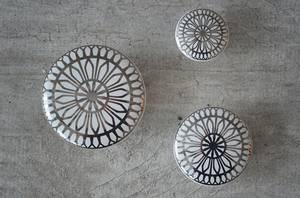 Bilde av Keramikk knott / knagg sølv (velg størrelse)