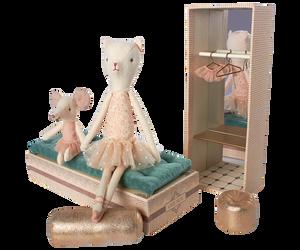 Bilde av Maileg dansende katt og mus i skoeske